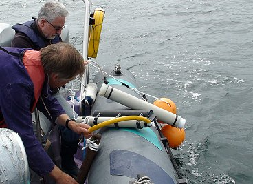 Easy POD deployment (and retrieval) using a small vessel